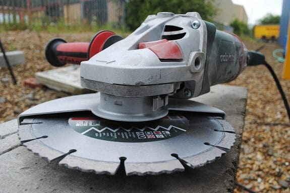 bolgarka-po-betonu