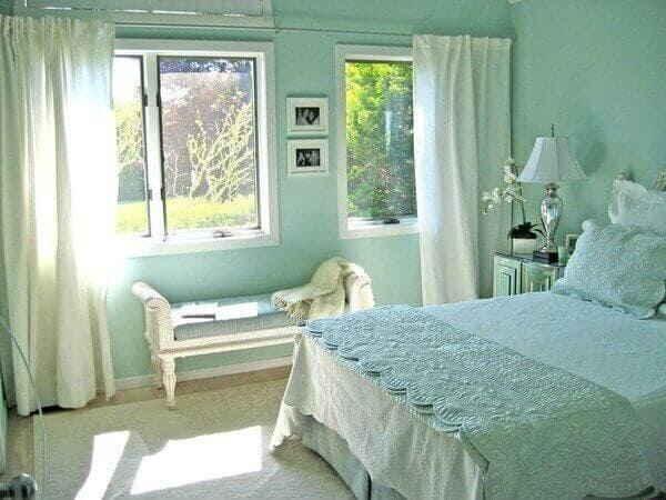 Бирюзовая спальня - лёгкость, свежесть и спокойствие
