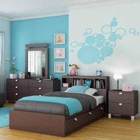 Бирюзовая спальная комната для девушки