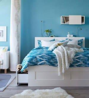 Спальня в голубых тонах
